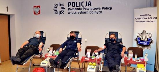 Zbiórka krwi w komendzie Policji (FOTO)