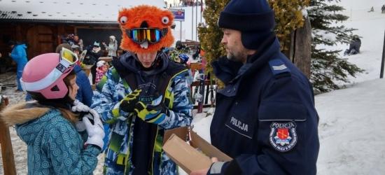 """Policja kontroluje autokary, """"dzikie lodowiska"""" i stoki. Na Podkarpaciu rozpoczynają się ferie (ZDJĘCIA)"""