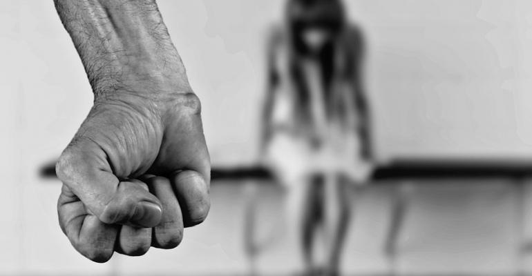 Przestępcy seksualni z Ustrzyk i okolic. Ich dane sprawdzimy w ogólnodostępnym rejestrze już z początkiem 2018 roku