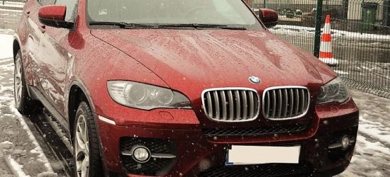 """GRANICA: Amerykanin z prawem jazdy """"fantasy"""" i w kradzionmy BMW (ZDJĘCIA)"""
